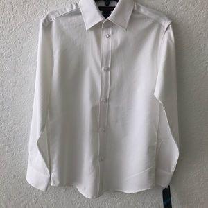 Dockers Boys White Long Sleeve Button down Medium